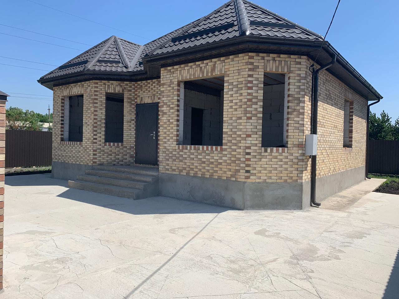 Дом в пос.Южном, 3,5 соток, 90 кв.м, ижс, 4 200 тыс.руб.
