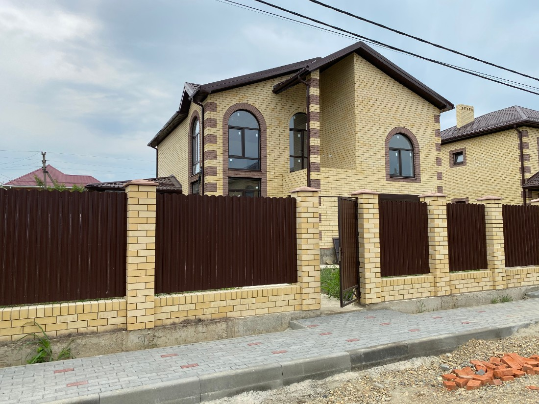 Готовый дом 208 кв.м на 5.7 сотках, 7 850 т.р.